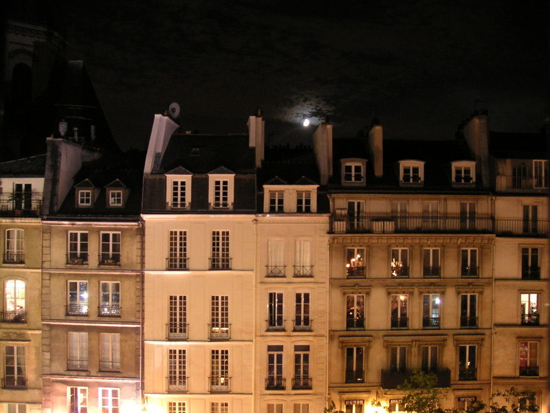 Dark_hotel