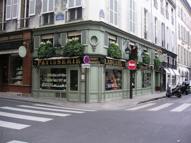 Laduree_shop_2