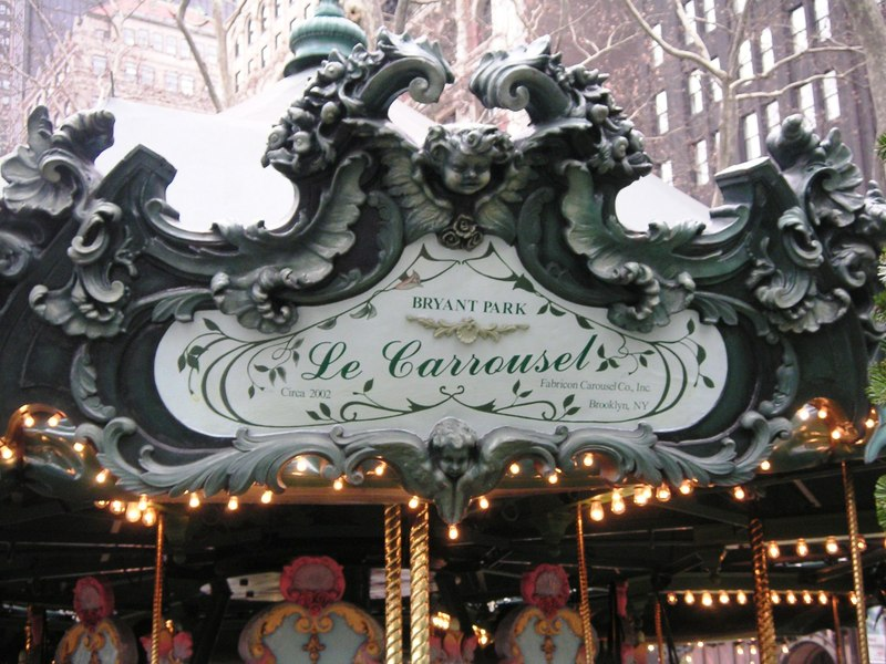 Carrousel_sign