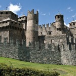 castles in aosta valley italy