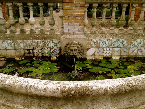 Fountain with lovely tiles in Bari