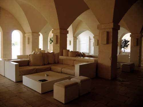 borgo egnazia seating area