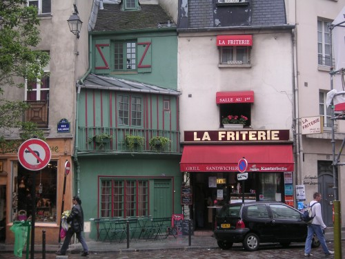 Paris street scene photo